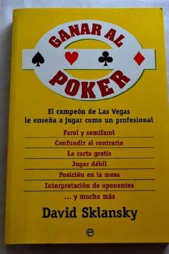 Libro de poker ganar al poker de David Sklansky con una portada amarilla