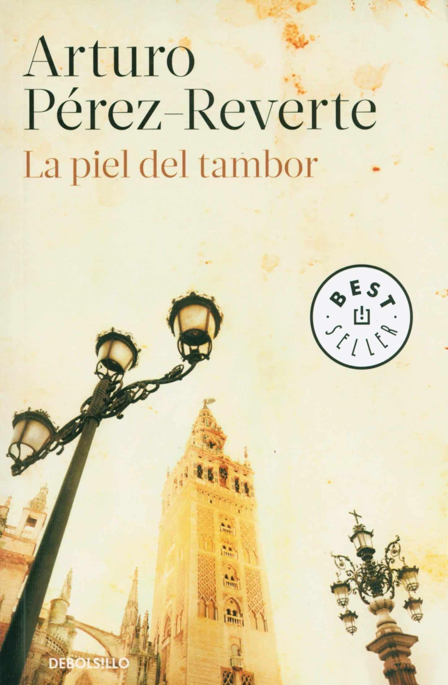 """Portada del libro """"La piel del tambor"""" de Arturo Pérez- Reverte"""""""
